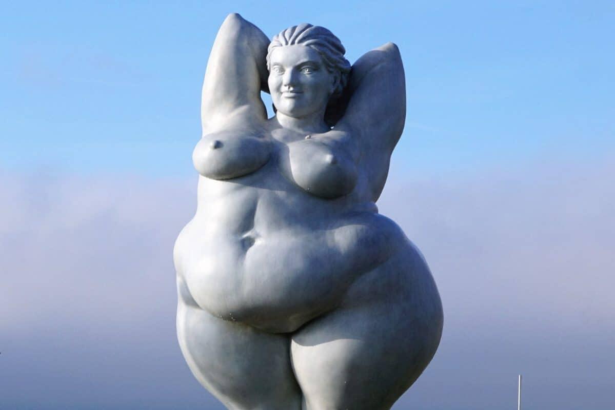 Dicke Statue